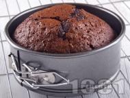Лесен и вкусен шоколадов сладкиш във форма за торта